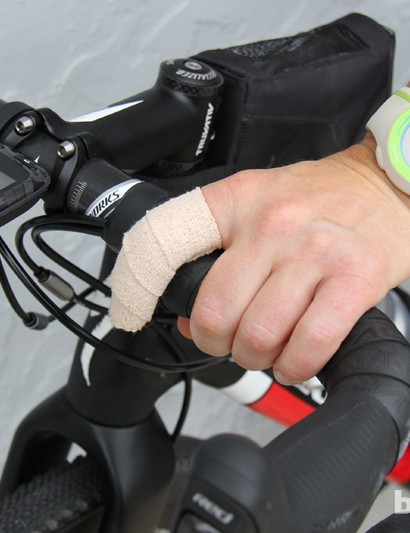 Rusch broke her finger while setting a new women's record on the 142-mile Kokopelli trail a month before the DK200