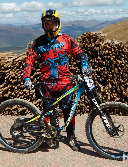 Ben Reid was looking flat out in practice aboard his prototype 650b Norco Aurum. His team has made switch to Manitou suspension this year which, sadly, has no race support program at the World Cups. This means Ben has been taking care of all maintenance for him and his team, servicing forks each and every day to keep things running sweet.