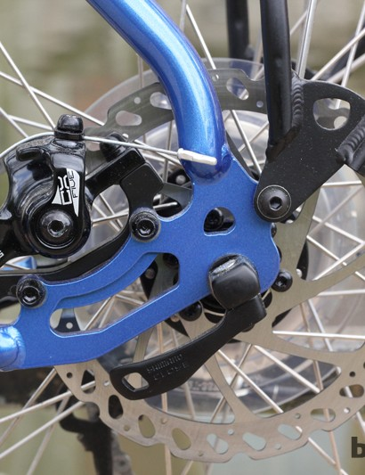 Hayes CX5 mechanical disc brakes are easy to adjust and have more stopping power than traditional tourer cantilever brakes