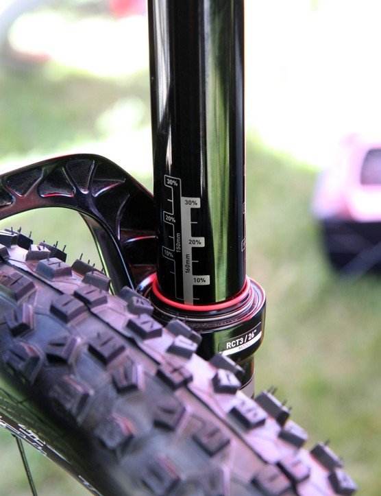 The RockShox Pike RCT3 fork was set at 160mm of travel