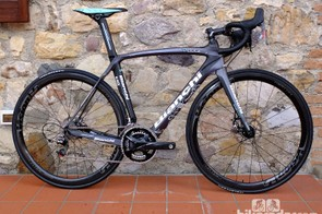 Bianchi Oltre XR2 Disc - a brand new disc brake road bike from Bianchi for 2014