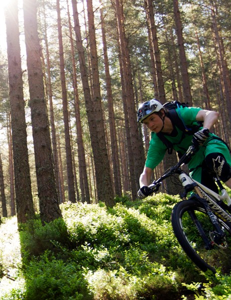 The Tallboy 2 uses agility-boosting geometry alongside its inherently stable wheel size
