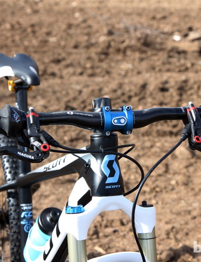 The carbon fiber crankbrothers riser bar is hacked down to just 600mm
