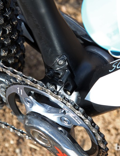 The SRAM XX1 1x11 drivetrain requires neither a front derailleur or a chain guide, leaving a vestigial stub behind