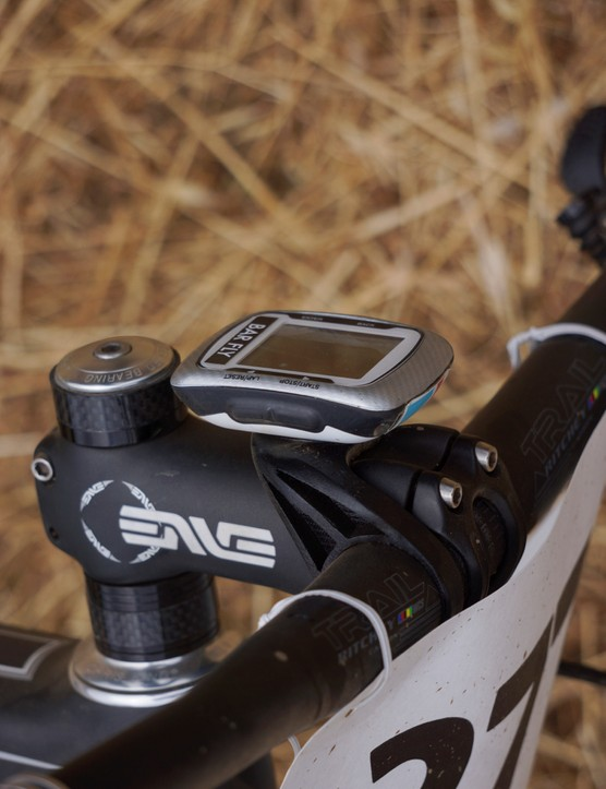 Users can tilt the Tate Labs Bar Fly MTB mount to whatever angle is best for them