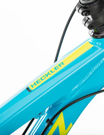 Unlike the Bronson and Solo, this Santa Cruz 650B is only available in aluminum