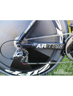 The AiR TT features massive chainstays that are made in one piece with the bottom bracket