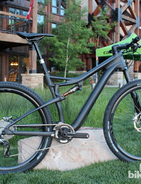The Cannondale Scalpel Black Inc. is a no-expense spared machine. The expense to you? US$11,000