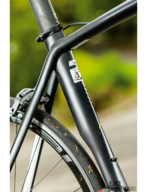 The wheel-hugging seat tube helps as you try to reach Cav speed