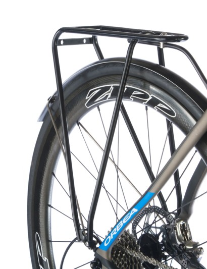 Three things not usually seen together: hydraulic road brakes, Zipp wheels and a rack