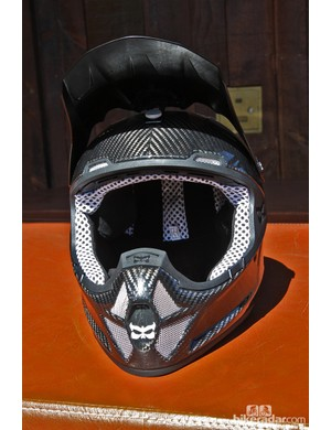 While the Kali Shiva downhill helmet doesn't look particularly cool, the lower section is generously ventilated while a handful of ports up around the upper edge feed air into interior channels