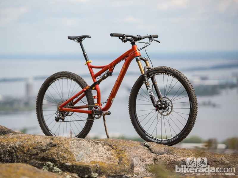 The Horsethief comes with a 130mm travel fork and has 120mm of rear suspension