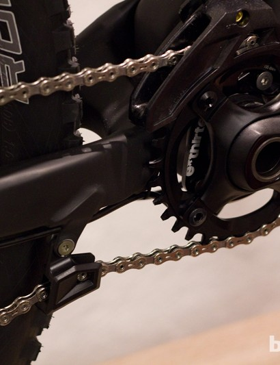 The built-in lower chain guide is a neat touch that hints at the bike's enduro-ready attitude