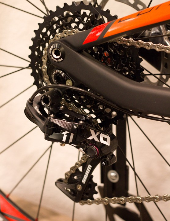 The yet-to-be-released SRAM X01 groupset offers the single ring-specific setup and wide gear range of the flagship XX1 group