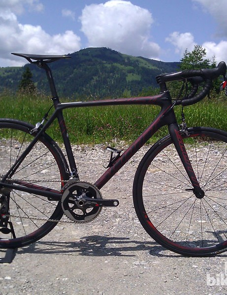 The Scott Addict-SL boasts a sub-1kg frame and fork