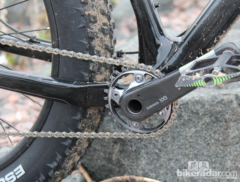 The most interesting part of the build is the XX1 crankset, with its extra long spindle. SRAM has two fat bike cranksets on the market, but this is the first sighting of an XX1-level fat bike crank