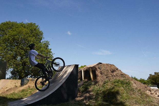 Will it flip? Dirt jumper Olly Parker tries to backflip an e-bike