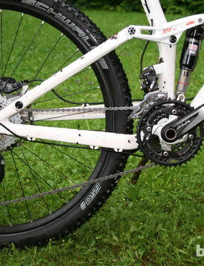 The 27.5in (650b) wheel on the Lycan is secured with a bolt-thru rear axle