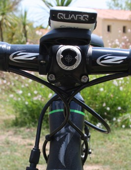 Plush S-Wrap Roubaix bar tape provides vibe damping – which might come in handy on some of the sketchy Corsican roads