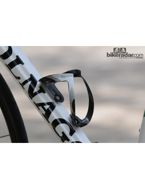 Tacx Uma carbon bottle cage and ribbed carbon down tube