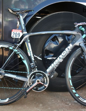 All-rounder Lieuwe Westra (Vancansoleil-DCM) was riding the new aero Bianchi  Oltre XR2, unveiled a couple of weeks before the 2013 Tour de France