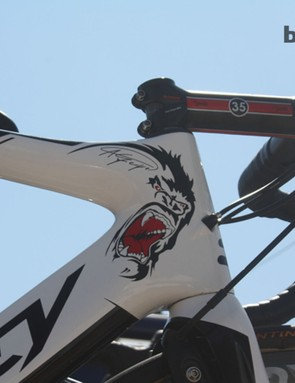 The presence of the gorilla means only one thing: this bike is top sprinter André Greipel's (Lotto-Belisol)