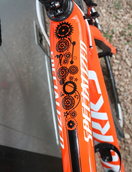 QR skewers, chainrings and a front derailleur make it into the intricate motif on the top tube
