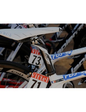 Pinot seems to be trialling his position – the saddle is set back to almost comic proportions and at the front end there was steering spacers on top of his stem to allow for upward adjustment