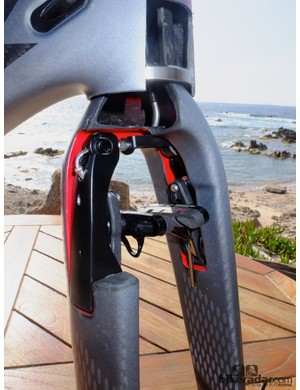 Look's patented front aero brake has twin brake arms designed to maintain external aerodynamics at all times