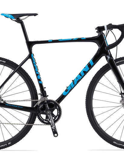 Giant's new TCX Advanced 0 cyclocross racer features an all-new carbon fiber frame, SRAM's new Red 22 group with hydraulic disc brakes, and Giant's own P-CXR0 wheels with carbon rims