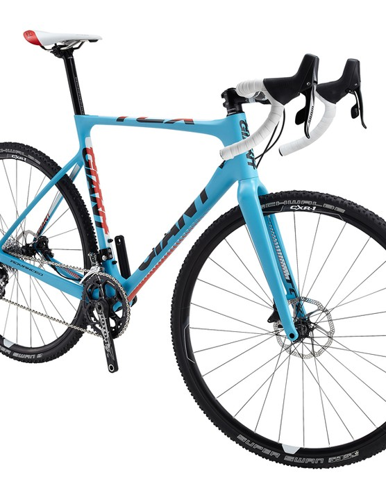 The second-tier Giant TCX Advanced 1 gets an eye-catching baby blue paint job plus a SRAM Force 2x10 group, hydraulic disc brakes, a Rotor 3DF crankset, and Giant P-CXR1 wheels