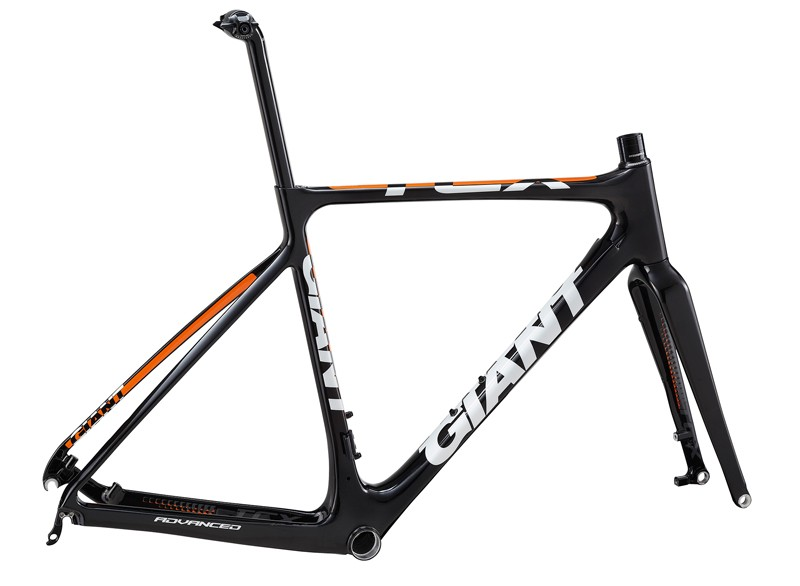 Claimed weight for a medium Giant TCX Advanced frame is around 1,050g, while the matching fork will add another 380g