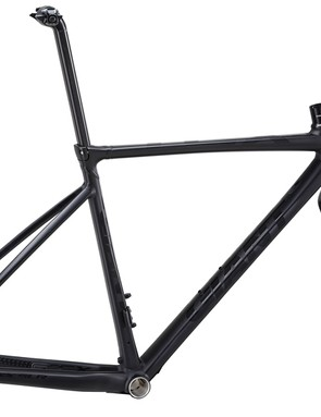Giant says the new TCX SLR aluminum frame weighs under 1,200g thanks to a new alloy that allows for 20 percent thinner walls than its previous ALUXX SL material