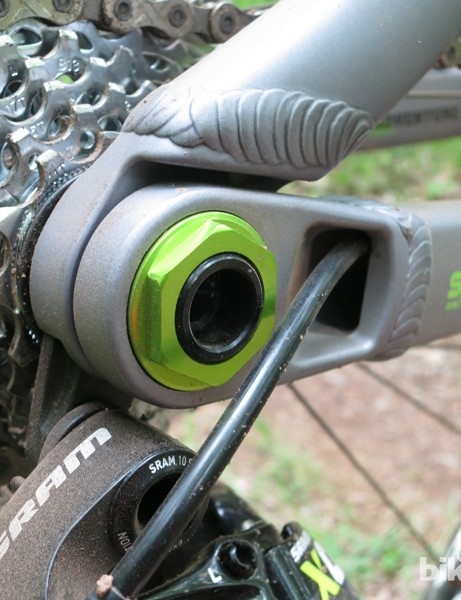 The rear derailleur cable is routed through the driveside chainstay