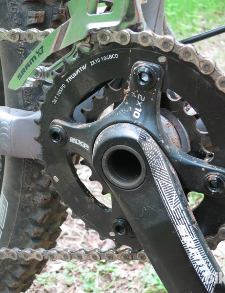 This pre-preoduction Horsethief 1 does not go to 11 yet; the production bike will come with the yet-to-be-released SRAM X01 group