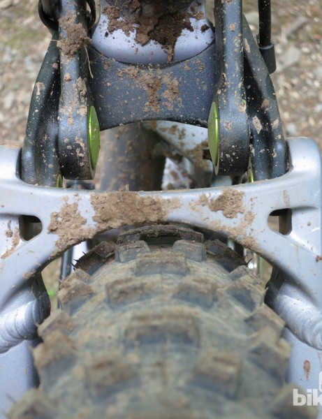 Tire clearance is tight but acceptable with a Schwalbe 29x2.35 Nobby Nic