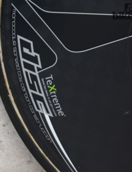 As a Shimano-sponsored team, the rear disc is the monocoque Pro Textreme disc