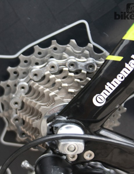 Simon Gerrans' bike runs Shimano Dura-Ace Di2 10-speed