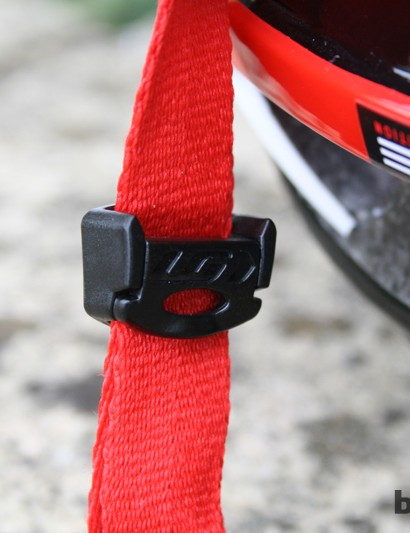 A small cam-lock allows quick and easy strap adjustment