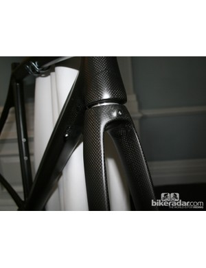 The front end of the Racy Tracy is not too different from the Giara, but the head tube is slightly more relaxed