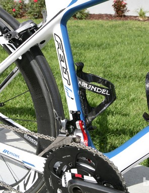 Arundel carbon cages add minimal weight