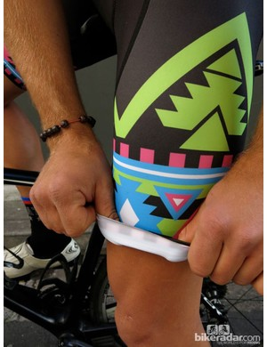 The leg grippers on all Attaquer bibs are tighter than most and avoid that annoying 'creeping leg' feeling
