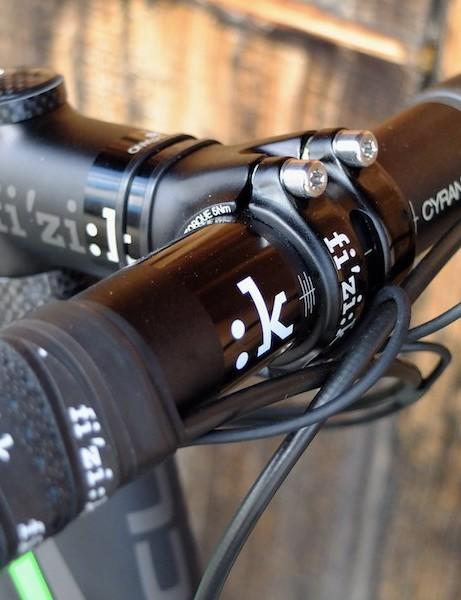 Fi'zi:k Cyrano R3 aluminium bar and stem