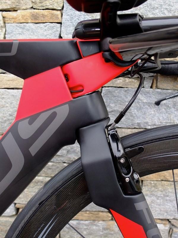 The front brake creates a neat solution to aero braking