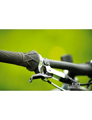 SRAM's X0 Grip Shift shifters remove some cockpit clutter