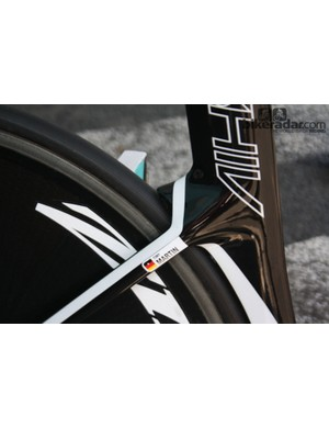 The Specialized Shiv frame tapers over the back wheel