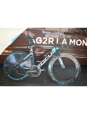 Yesterday, Focus launched their new Izalco Chrono frame and today it was in use by the Ag2r-La Mondiale team