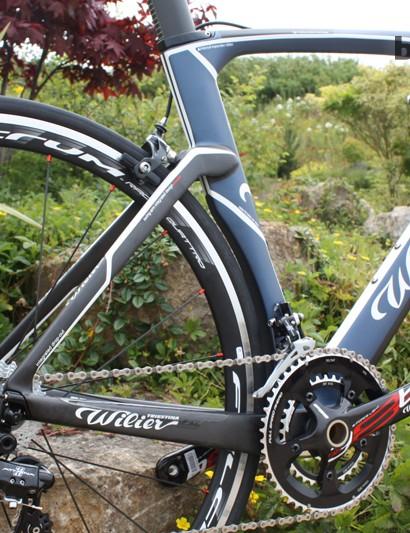The Cento1Air borrows aerodynamic tricks from Wilier's Twin Blade TT bike