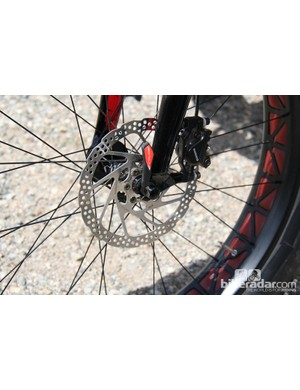 While some fat bikes are switching to thru-axles, the Fat Boy sticks with quick-release levers. Up front, the axle spacing is 135mm; the rear axle spacing is 190mm