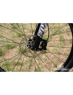 180mm-diameter front rotors are used on larger Specialized Crave models